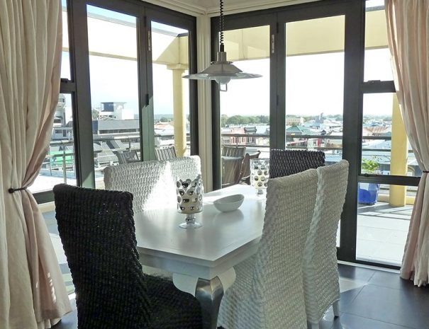 Penthouse Apartment Dining Area